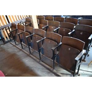 (L-145) Vanad kino klapptoolid